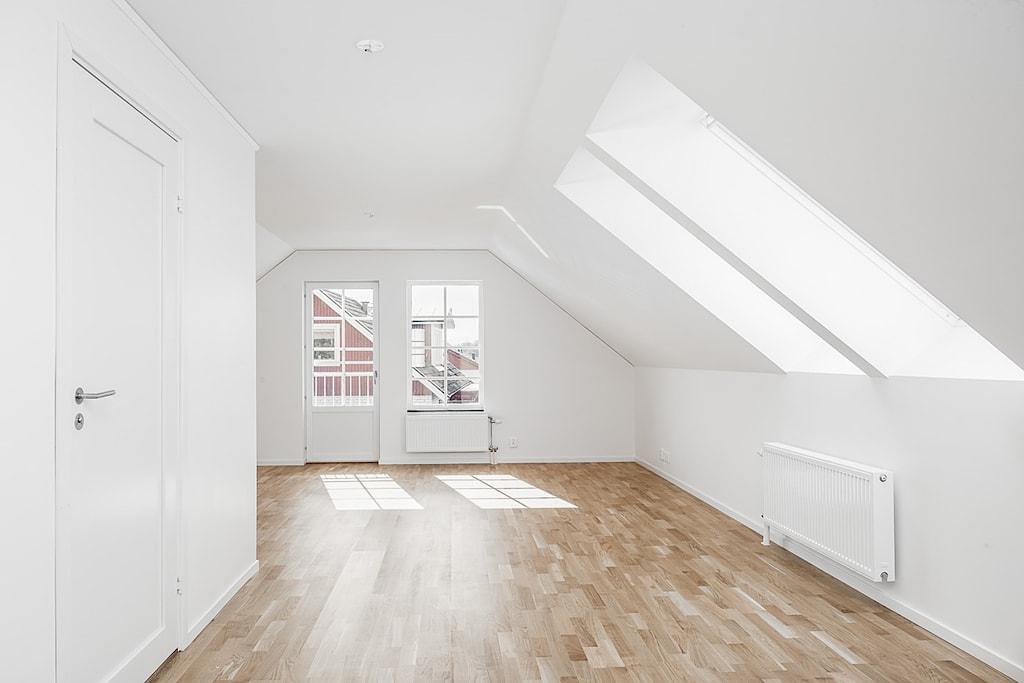 villa-trivsam-visningshus-tronninge-4-1024px